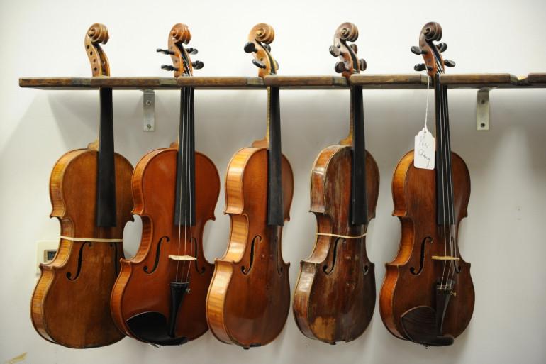 Des violons (Illustration)