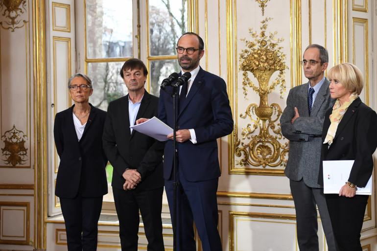 Élisabeth Borne, Nicolas Hulot, Édouard Philippe, Michel Boquet et Anne Boquet, le 13 décembre 2017