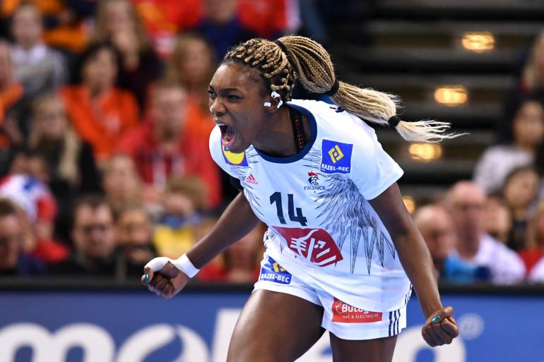Kalidiatou Niakate lors du match France-Norvège en finale du Mondial féminin, à Hambourg le 17 décembre 2017