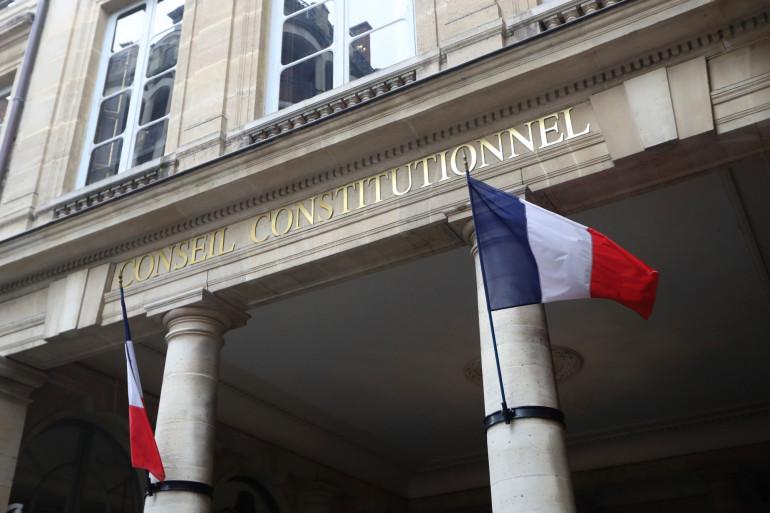 Le fronton du Conseil constitutionnel