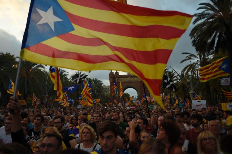 Catalogne : des manifestants indépendantistes, à Barcelone le 10 octobre 2017