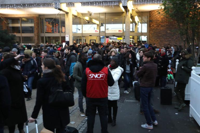 La gare de Bercy était bondée le 23 décembre 2017.