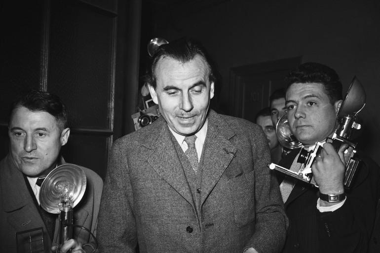 Louis-Ferdinand Céline à la sortie de son procès dans les années 50