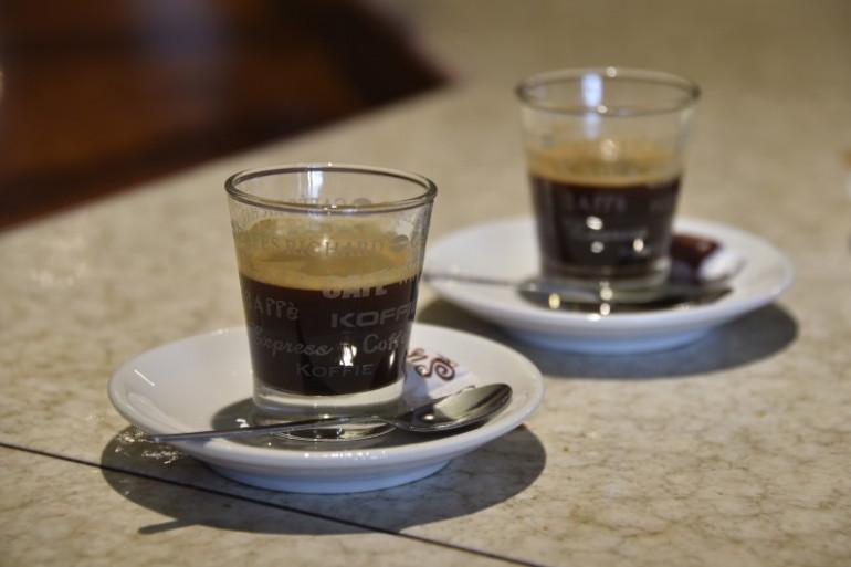Des tasses de café (image d'illustration)