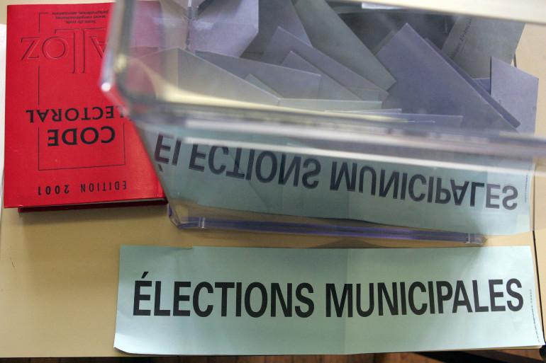 Du matériel pour les élections municipales (Illustration)