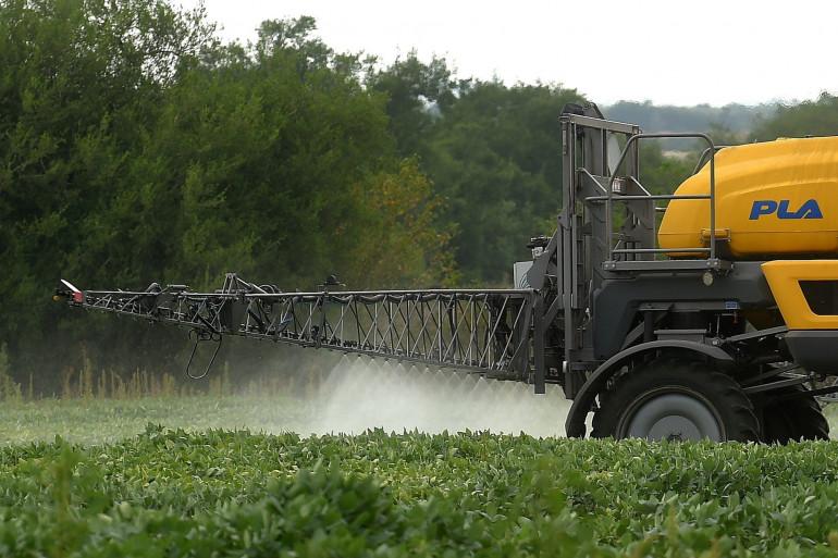 Le glyphosate est utilisé lors des épandages sur les cultures