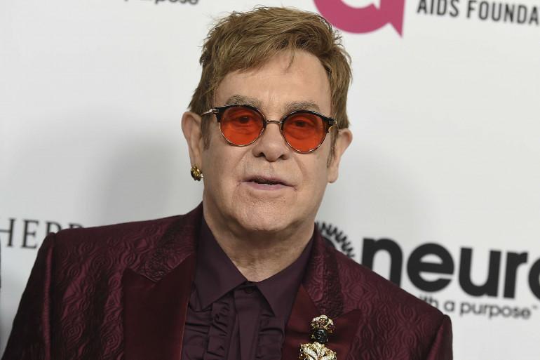 La star britannique Elton John annonce une tournée d'adieux pour 2018