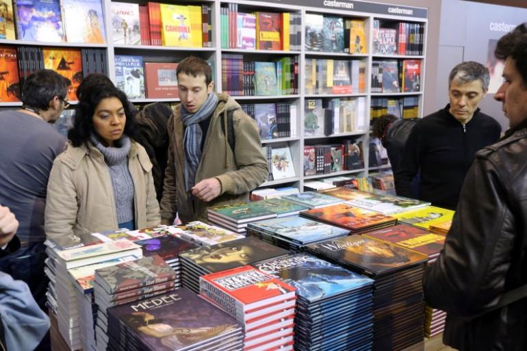 Un stand du Festival international de la bande dessinée d'Angoulême, le 30 janvier 2014 (illustration)