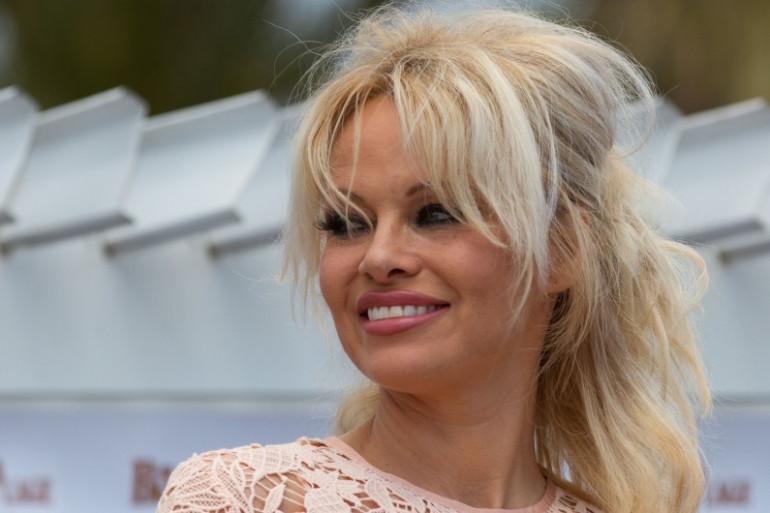 Pamela Anderson est désormais installée à Marseille