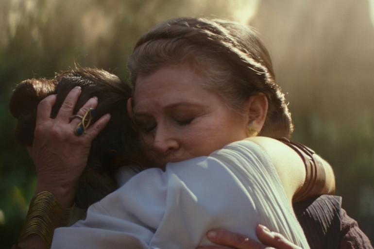 """Rey (Daisy Ridley) et Leia (Carrie Fisher) dans """"L'Ascension de Skywalker"""""""