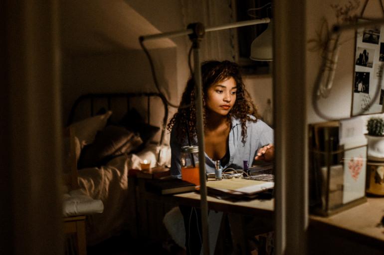 Travailler de nuit présente des risques pour la santé des femmes