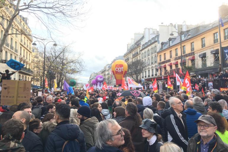 Le cortège boulevard du Temple à la sortie de la place de la République à Paris, ce mardi 17 décembre 2019