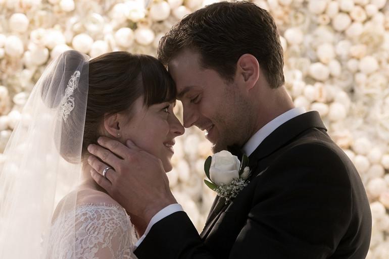 """Dakota Johnson et Jamie Dornan dans """"50 nuances plus claires"""""""