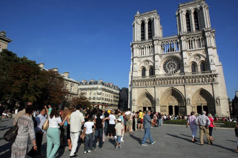 La cathédrale Notre Dame de Paris (illustration)