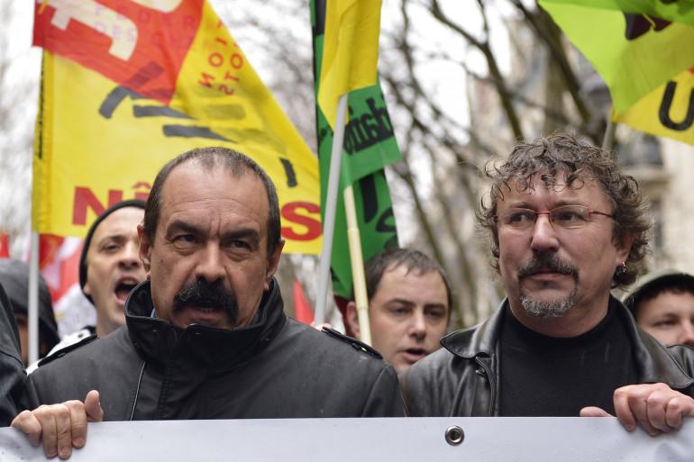 Philippe Martinez lors d'une manifestation des agents SNCF en janvier 2015