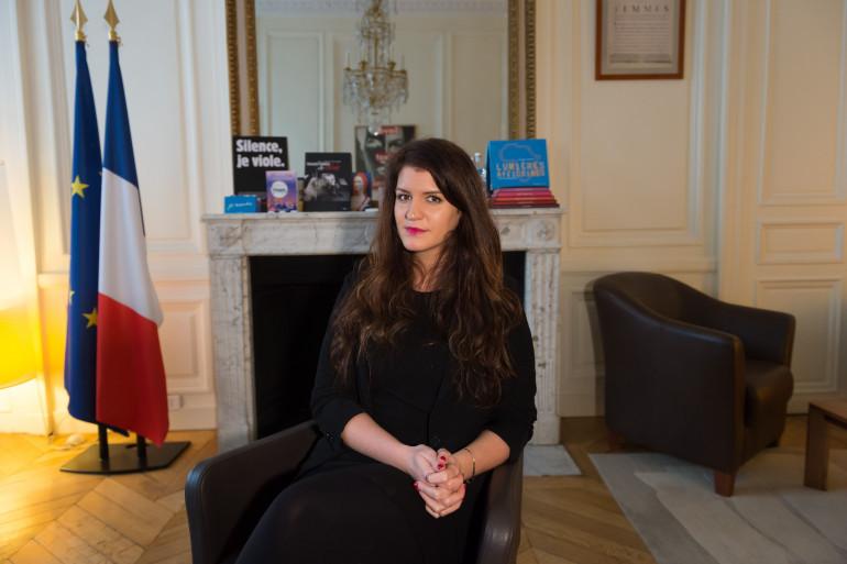Marlène Schiappa dans son bureau du secrétariat d'État en charge de l'égalité entre les femmes et les hommes, le 18 janvier 2018 à Paris