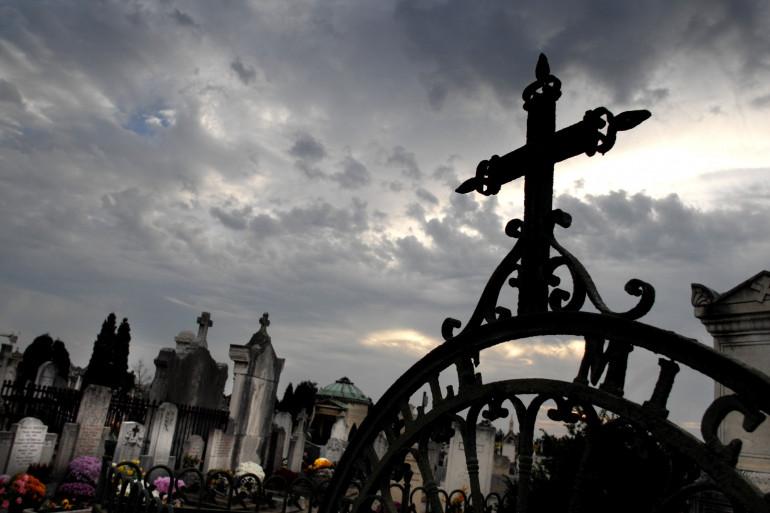 Un cimetière lyonnais (illustration)