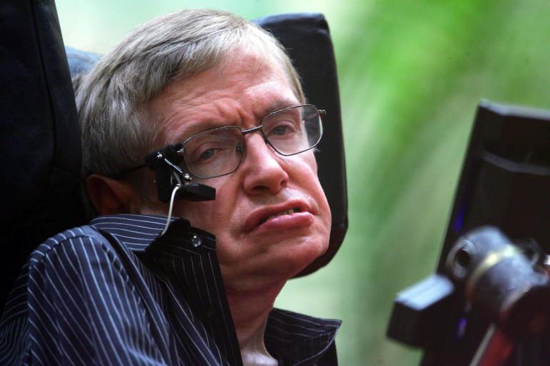 Stephen Hawking était atteint de la maladie de Charcot depuis plus de 55 ans