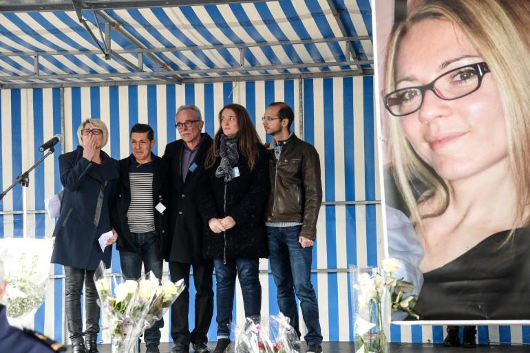 Jonathann Daval avec la famille de son épouse Alexia, Grégory Gay (à droite), le 5 novembre 2017.