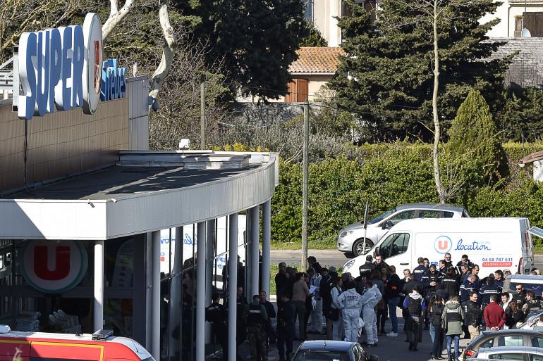 Une vue du supermarché où une prise d'otages a eu lieu vendredi 23 mars dans l'Aude à Trèbes au nom de l'État islamique