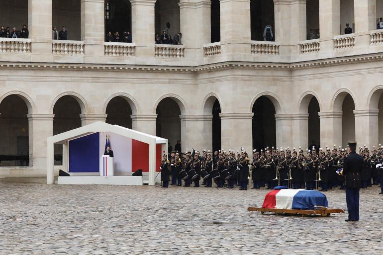Emmanuel Macron prononce l'éloge funèbre lors de la cérémonie d'hommage national à Arnaud Beltrame