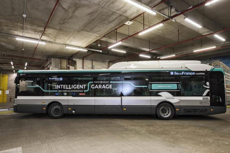 Le bus intelligent qui se gare tout seul de la RATP