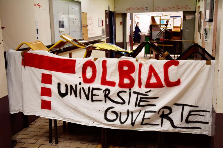 La faculté de Tolbiac est occupée depuis la fin du mois de mars par des étudiants qui protestent contre la réforme de l'université
