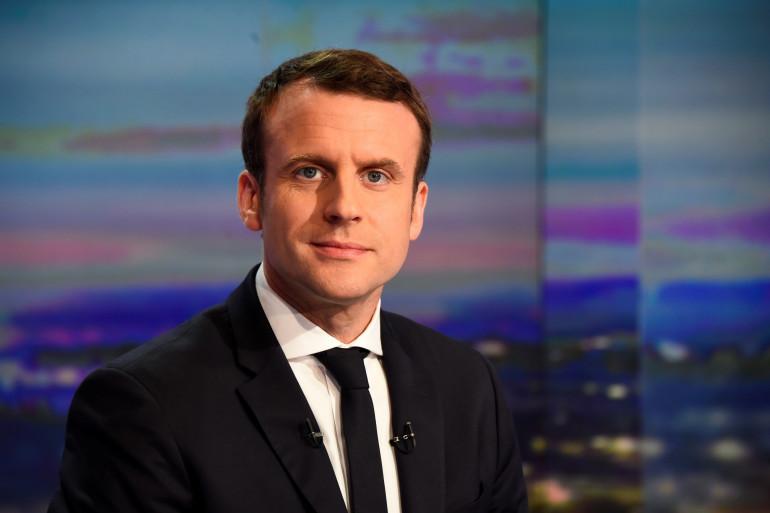 Le candidat Macron sur le plateau de TF1, le 12 mars 2017