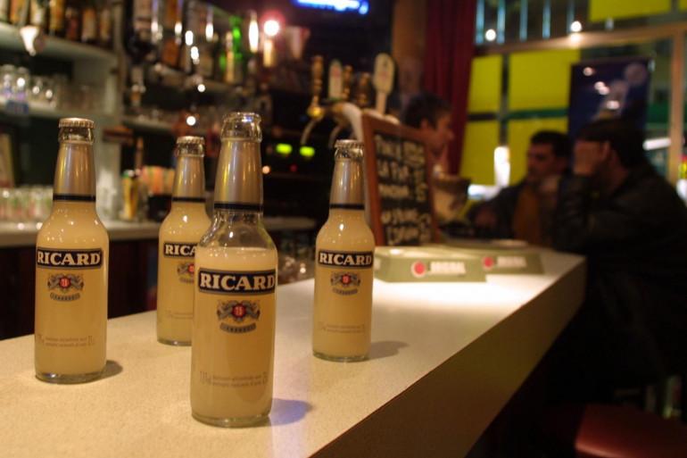 Des bouteilles de Ricard (illustration)