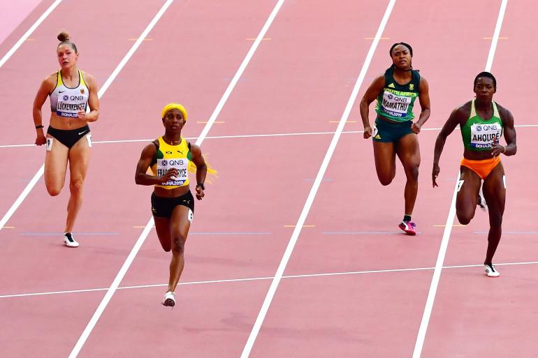 """L'athlète allemande Gina Lückenkemper (gauche) a déposé plainte auprès de l'IAAF pour faire interdire la technologie de la """"Block cam""""."""
