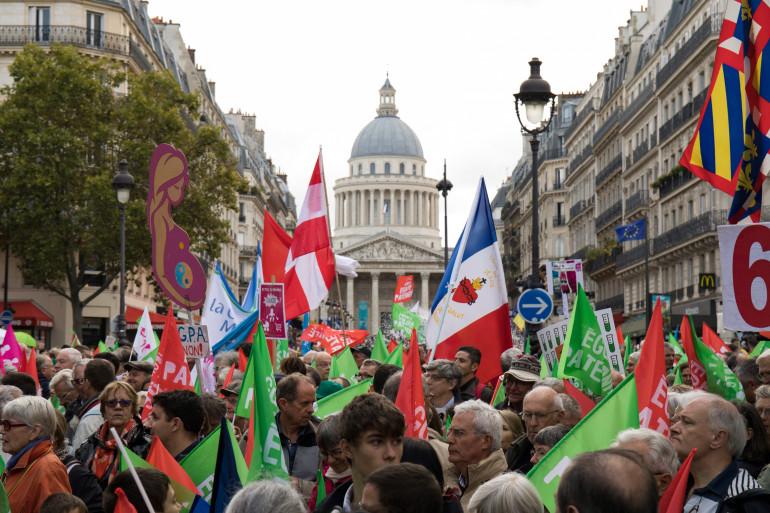 Les opposants à la PMA pour toutes les femmes ont défilé dimanche 6 octobre à Paris