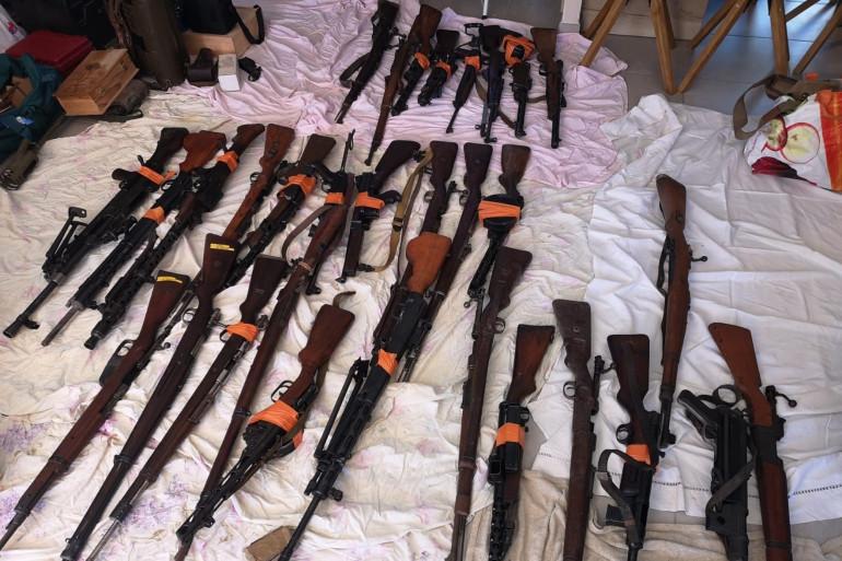 Une saisie d'armes (illustration)