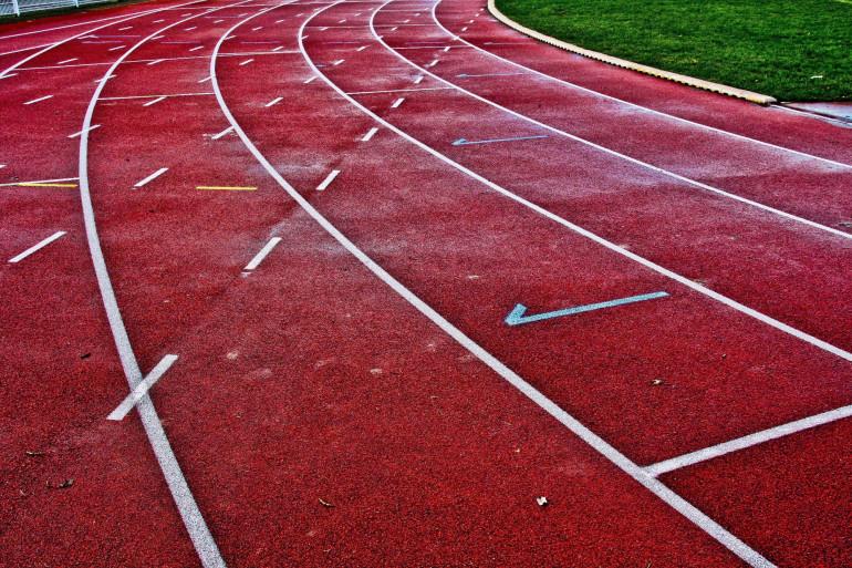 Une piste d'athlétisme (illustration).
