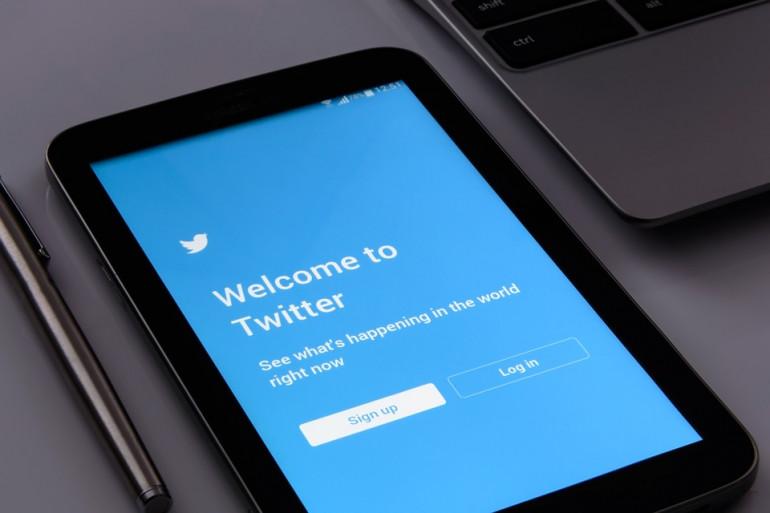 Twitter compte environ 330 millions d'utilisateurs à travers le monde
