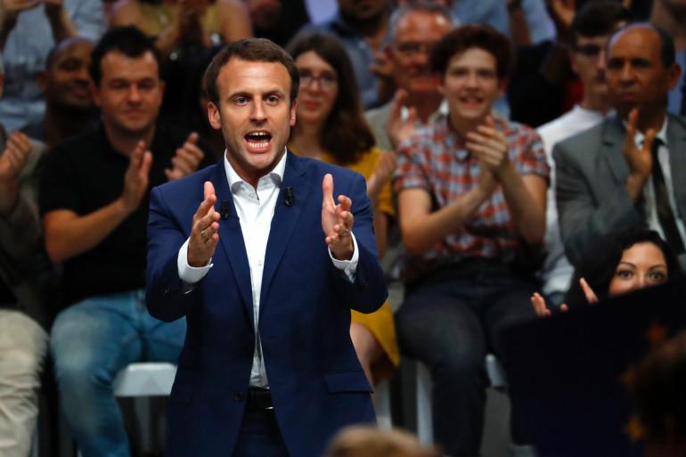 Le candidat Macron en meeting à la Mutualité, le 12 juillet 2016 à Paris