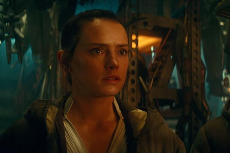 """Rey, émue par le trailer final de """"L'Ascension de Skywalker"""""""