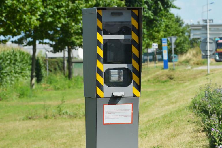 Un radar fixe sur une route nationale en France (illustration)