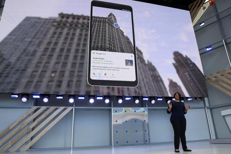 L'application Google Lens fournit des informations sur des lieux ou des objets simplement en pointant la caméra du smartphone