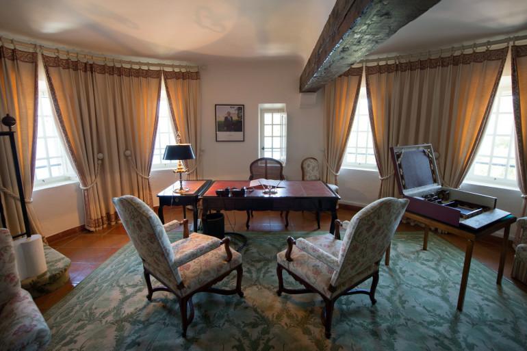 Le bureau du président de la République au fort de Brégançon