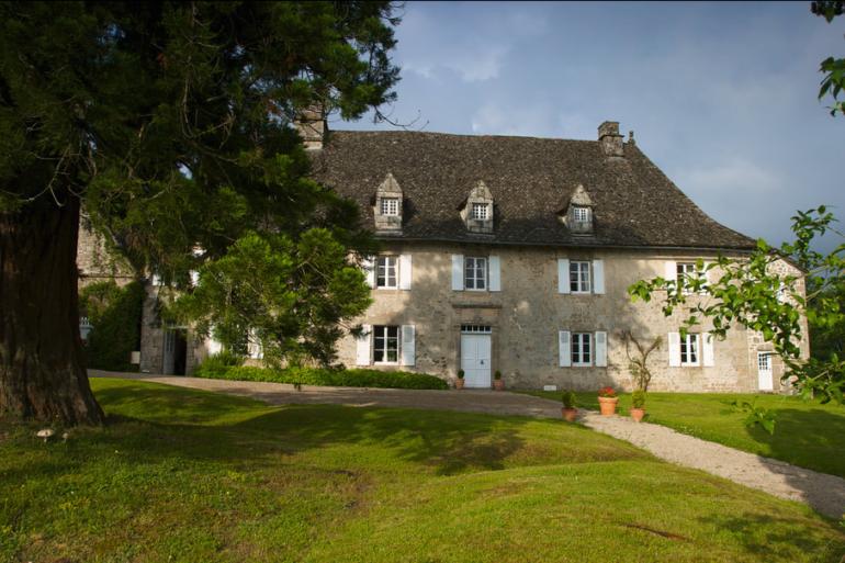 Un château corrézien pour 11 euros et la bonne cause