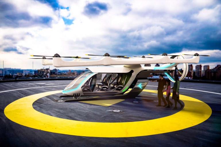 Le véhicule à décollage et atterrissage vertical (vTOL) d'EmbraerX est l'un des prototypes présentés par Uber Elevate le 8 mai 2018.