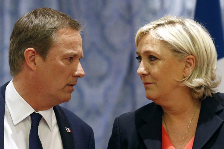 Nicolas Dupont-Aignan et Marine Le Pen, le 29 avril 2017 à Paris
