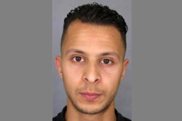 Photo de Salah Abdeslam sur l'appel à témoins diffusé par la police française en 2015