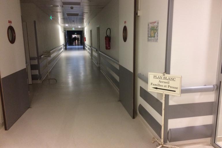 Un couloir d'hôpital (illustration)