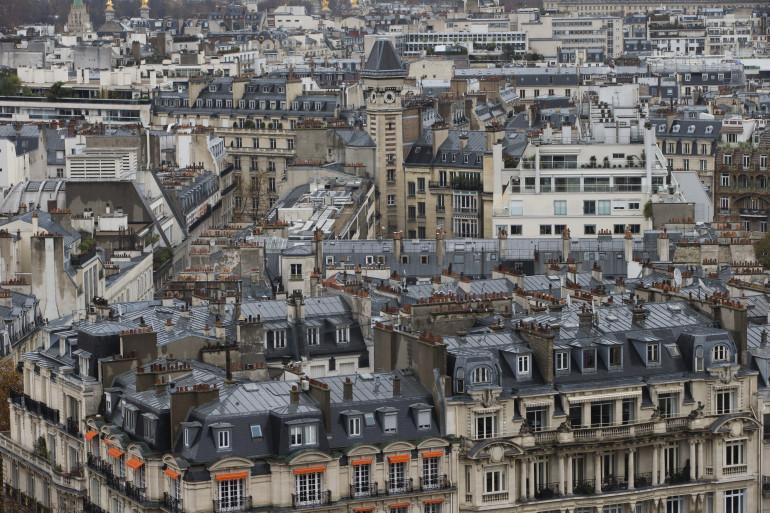 Une vue des immeubles à Paris (Illustration)