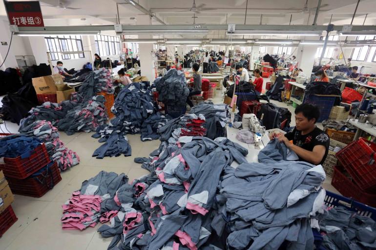 Une usine de production textile en Chine, le 12 mai 2015