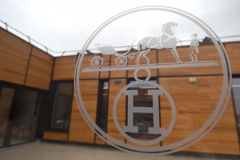 Le logo de Hermès à Allenjoie, dans le Doubs (Illustration)