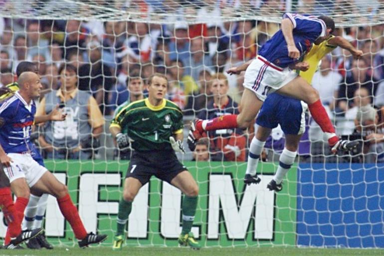 Zidane a marqué deux buts de la tête en finale contre le Brésil, le 12 juillet 1998