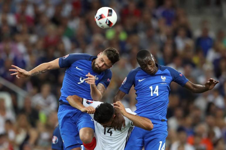 Olivier Giroud et Blaise Matuidi lors de la demi-finale de l'Euro contre l'Allemagne, le 7 juillet 2016