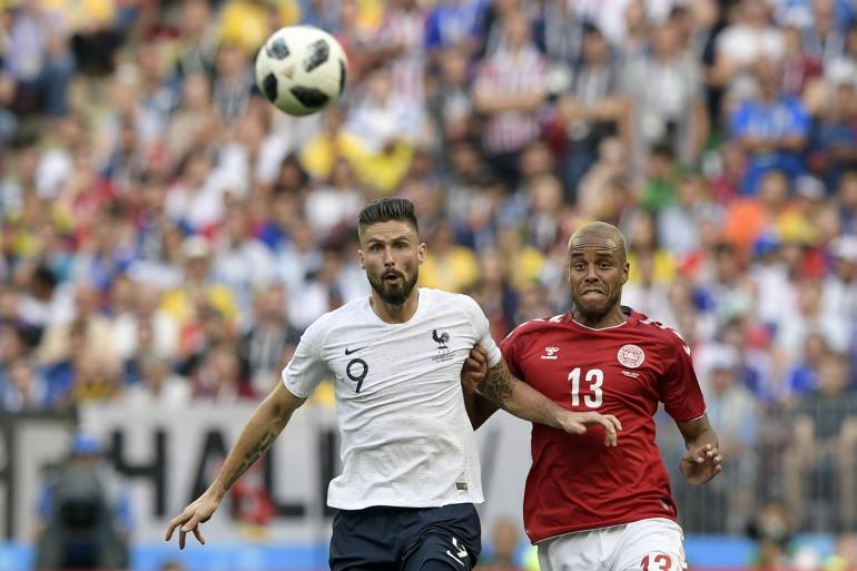 Olivier Giroud et les Bleus n'ont pas trouvé la faille face aux Danois de Mathias Jorgensen, mardi 26 juin à Moscou